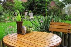 Der Sitzplatz auf der Terrasse lädt zum Entspannen und Träumen ein